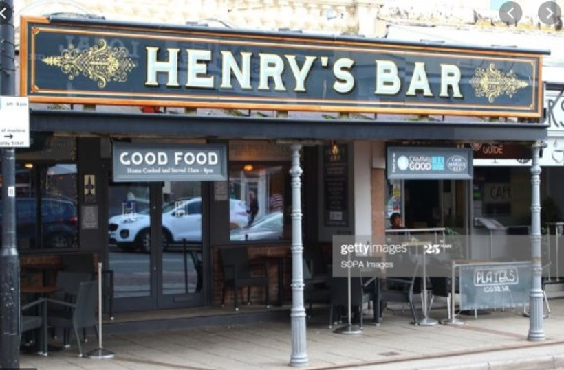 Henrys Bar
